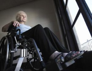 Old woman who was subjected to nursing home neglect