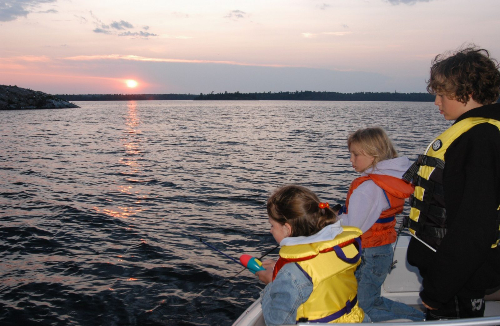 Four Ways To Stay Safe In Missouri Waters