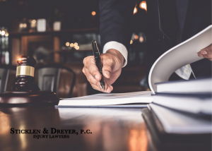 4 Reasons Why You Should Consider Hiring A Lawyer